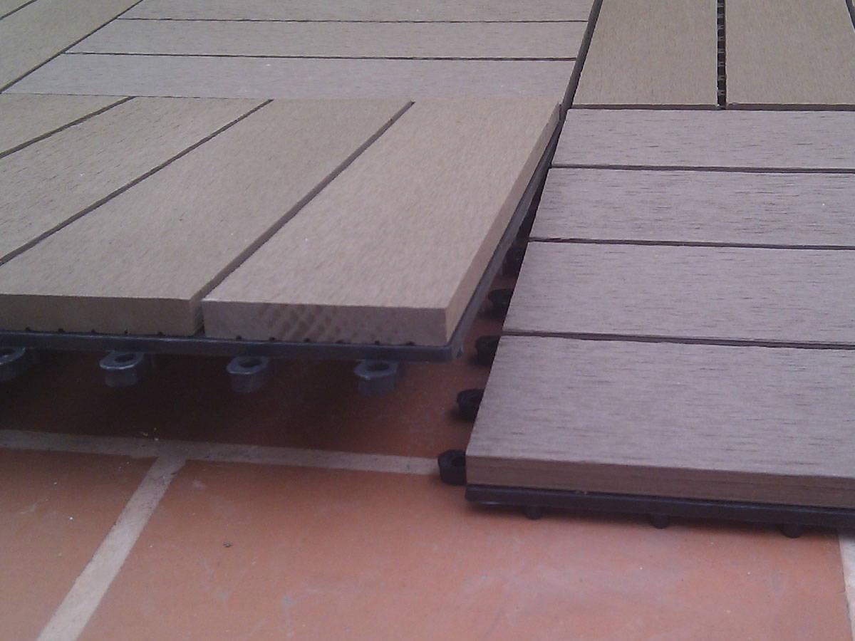 Baldosa de jardin el suelo composite m s f cil de instalar - Baldosas de madera para jardin ...