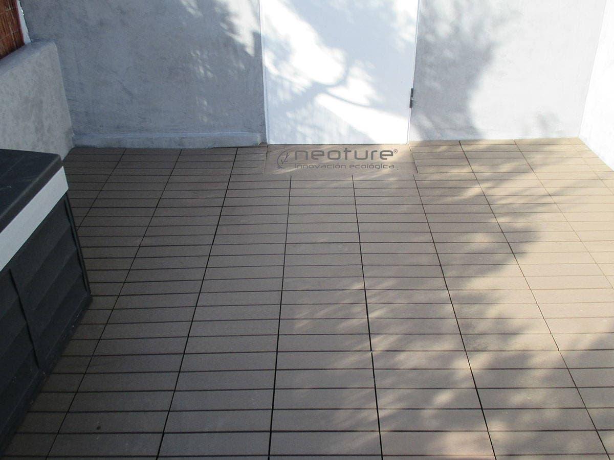 Baldosa de jardin el suelo composite m s f cil de instalar for Baldosas de terraza exterior